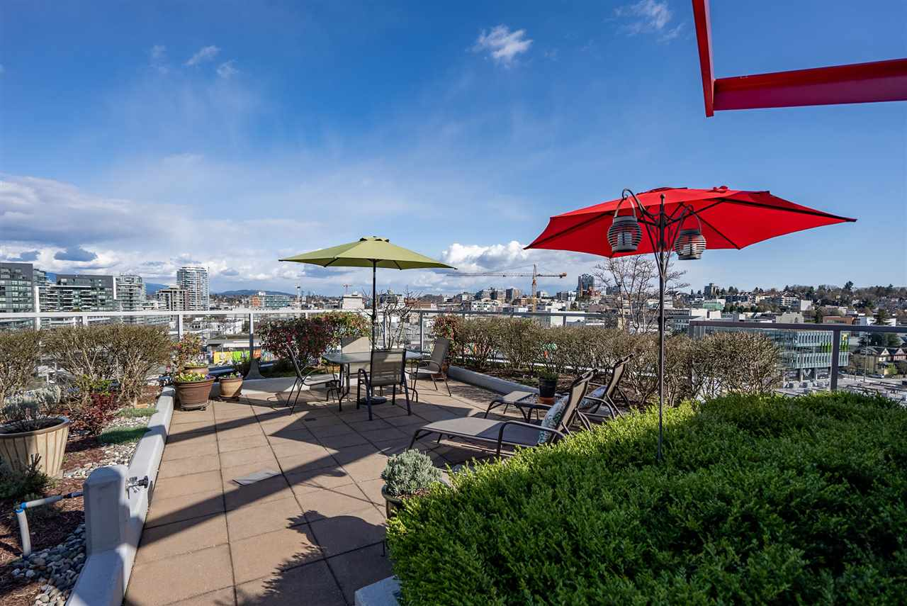 PH 1103 1887 CROWE STREET - False Creek Apartment/Condo for sale, 3 Bedrooms (R2560354) - #1