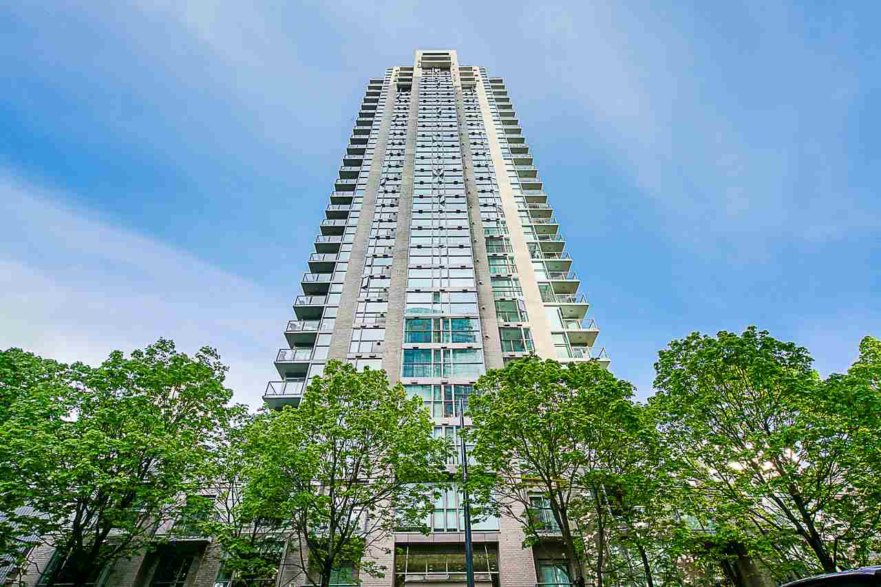 2002 928 RICHARDS STREET - Yaletown Apartment/Condo for sale, 1 Bedroom (R2560615) - #1