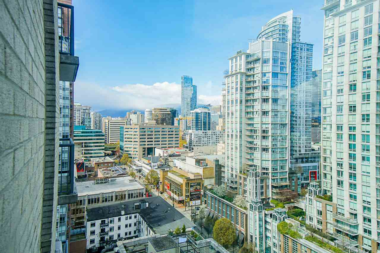 2002 928 RICHARDS STREET - Yaletown Apartment/Condo for sale, 1 Bedroom (R2560615) - #10