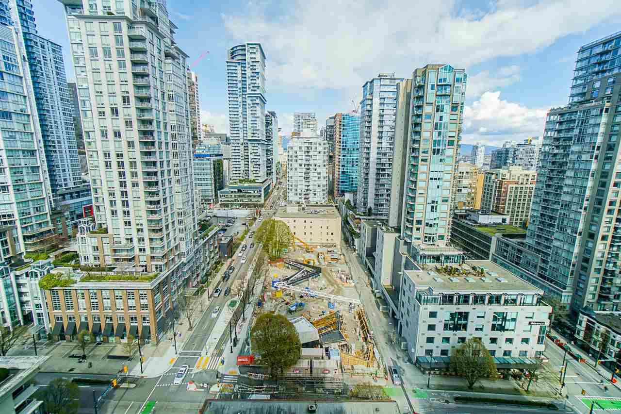 2002 928 RICHARDS STREET - Yaletown Apartment/Condo for sale, 1 Bedroom (R2560615) - #4