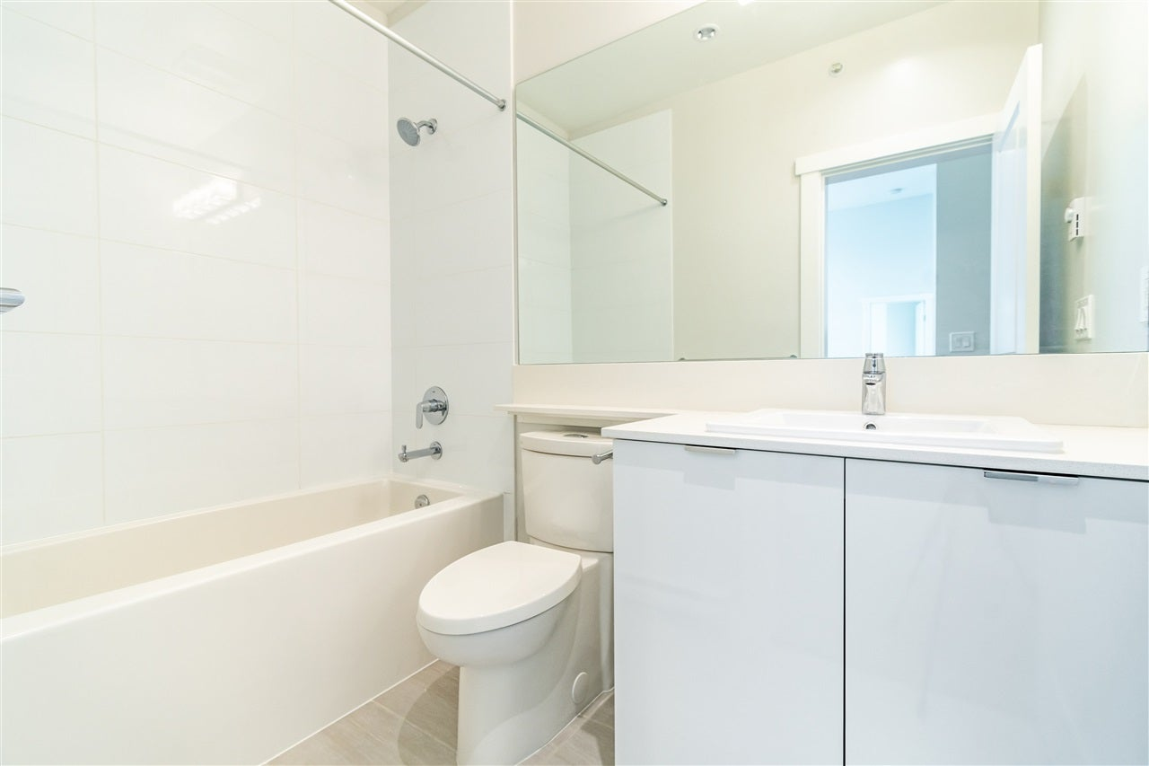 A419 8150 207 STREET - Willoughby Heights Apartment/Condo for sale, 3 Bedrooms (R2560655) - #16