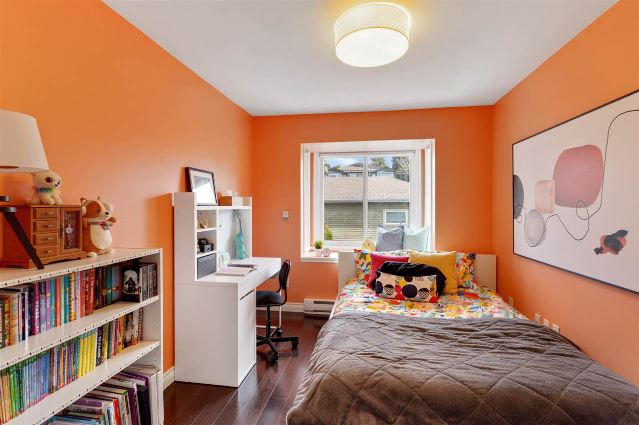 322 E 5TH STREET - Lower Lonsdale 1/2 Duplex for sale, 4 Bedrooms (R2560773) - #22