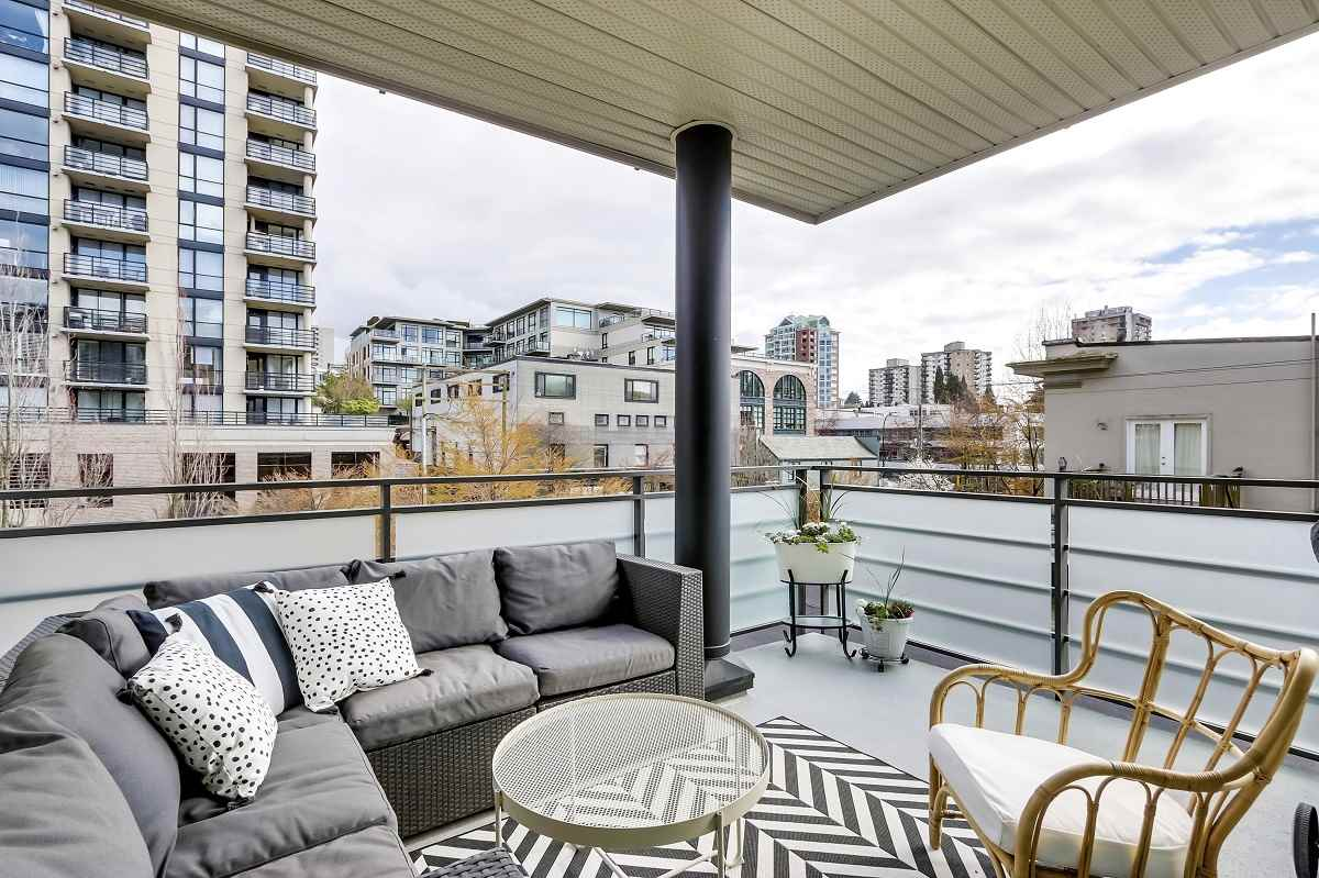 301 123 W 1ST STREET - Lower Lonsdale Apartment/Condo for sale, 2 Bedrooms (R2560836) - #12