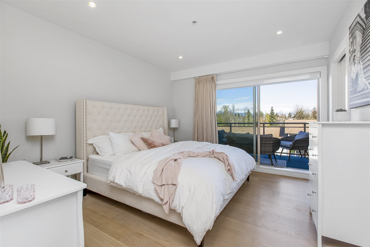 PH4 1033 ST. GEORGES AVENUE - Central Lonsdale Apartment/Condo for sale, 2 Bedrooms (R2560864) - #24