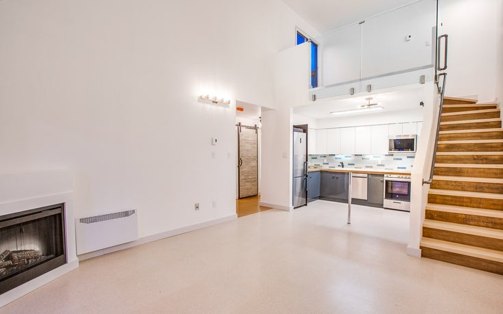 204 836 TWELFTH STREET - West End NW Apartment/Condo for sale, 1 Bedroom (R2560876)