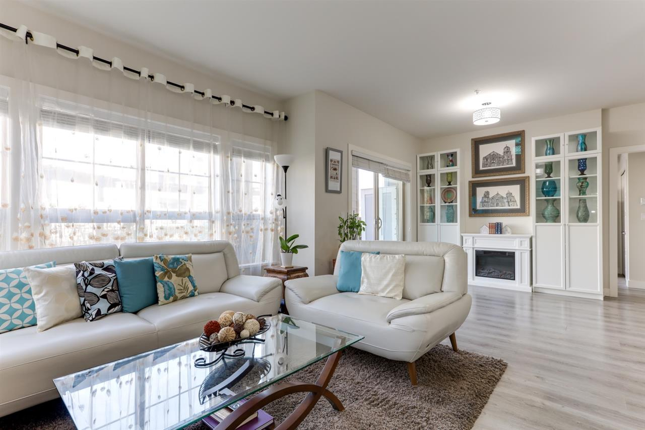 106 20219 54A AVENUE - Langley City Apartment/Condo for sale, 2 Bedrooms (R2561095) - #1