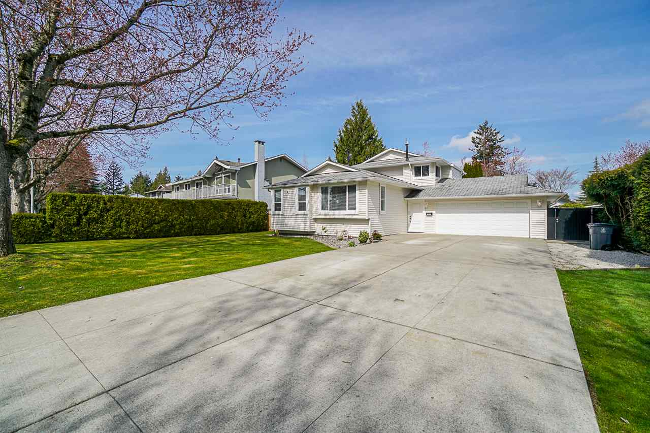 13057 61 AVENUE - Panorama Ridge House/Single Family for sale, 5 Bedrooms (R2561171) - #1