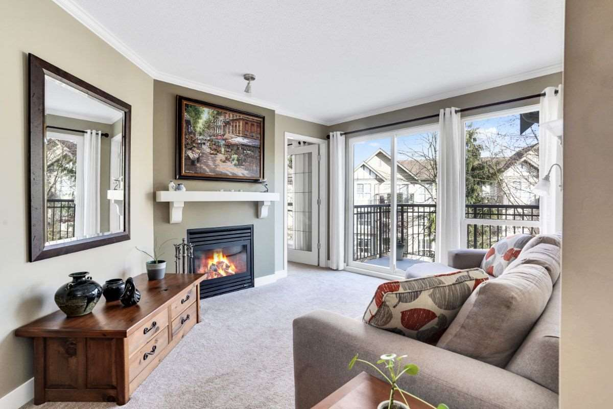 362 1100 E 29TH STREET - Lynn Valley Apartment/Condo for sale, 2 Bedrooms (R2561220) - #1