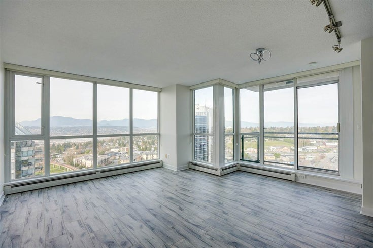 2210 10777 UNIVERSITY DRIVE - Whalley Apartment/Condo for sale, 2 Bedrooms (R2561388)