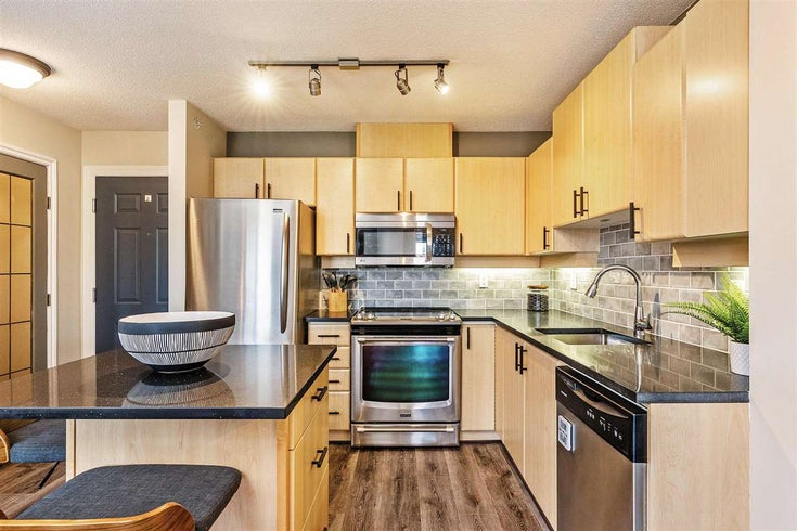 304 6336 197 STREET - Willoughby Heights Apartment/Condo for sale, 2 Bedrooms (R2561442)