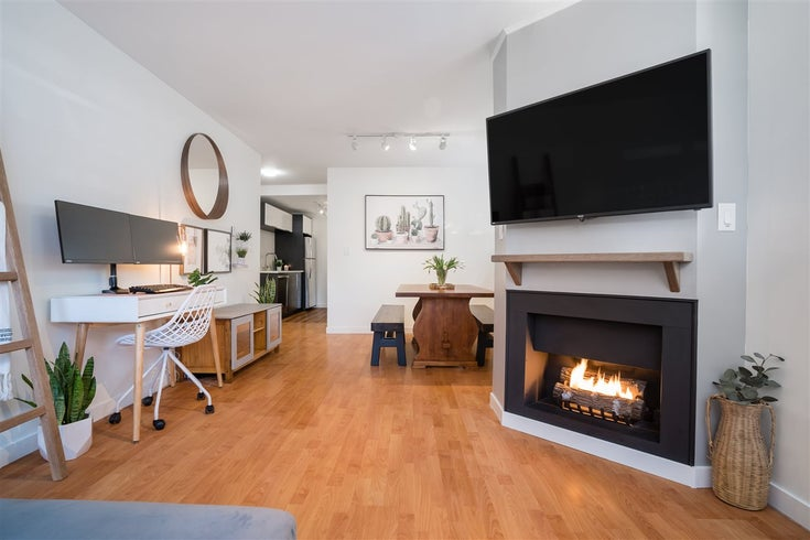 102 1631 COMOX STREET - West End VW Apartment/Condo for sale, 2 Bedrooms (R2561465)