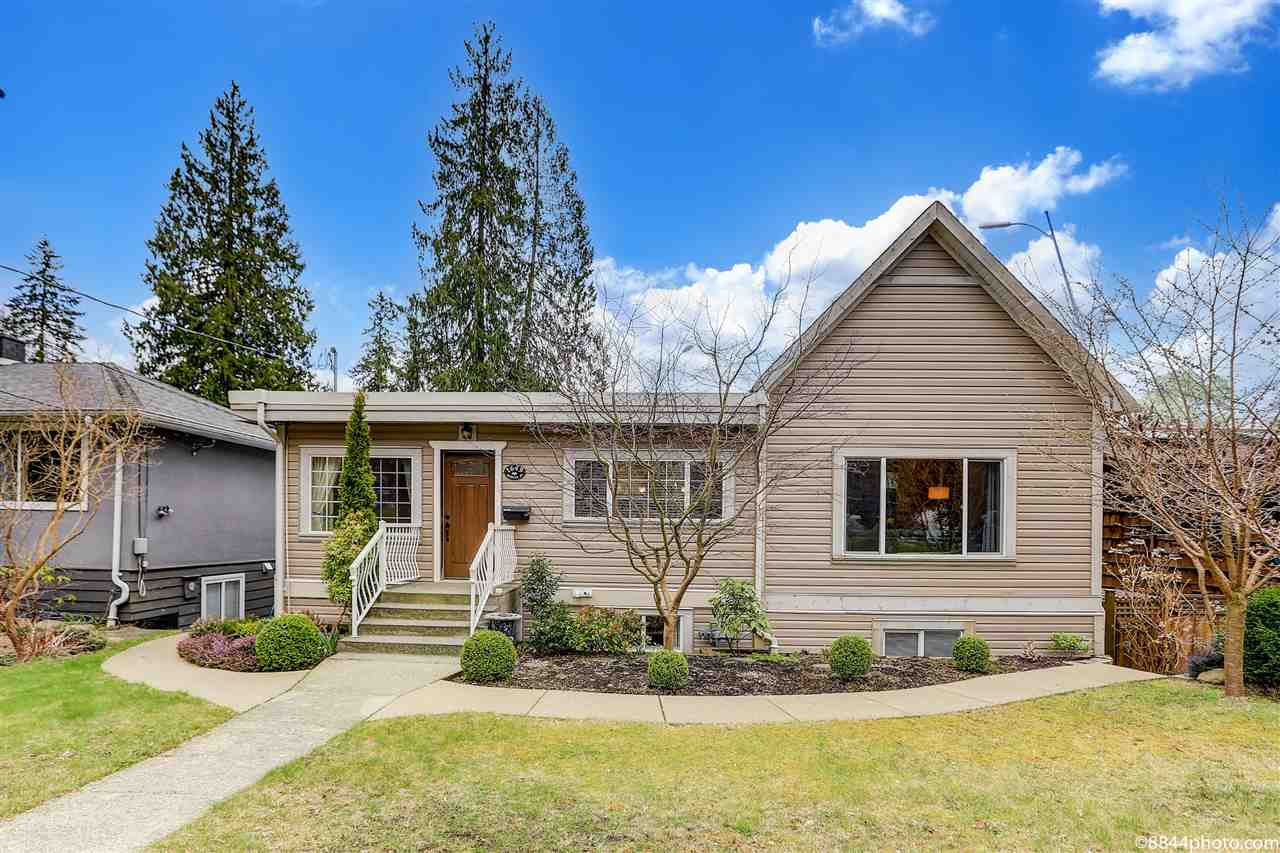 1649 EVELYN STREET - Lynn Valley House/Single Family for sale, 5 Bedrooms (R2561467) - #1