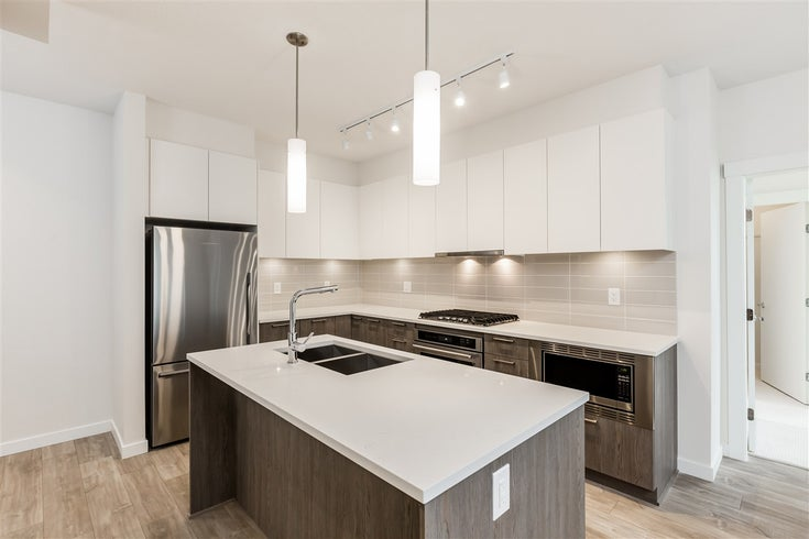 211 625 E 3RD STREET - Lower Lonsdale Apartment/Condo for sale, 2 Bedrooms (R2561591)
