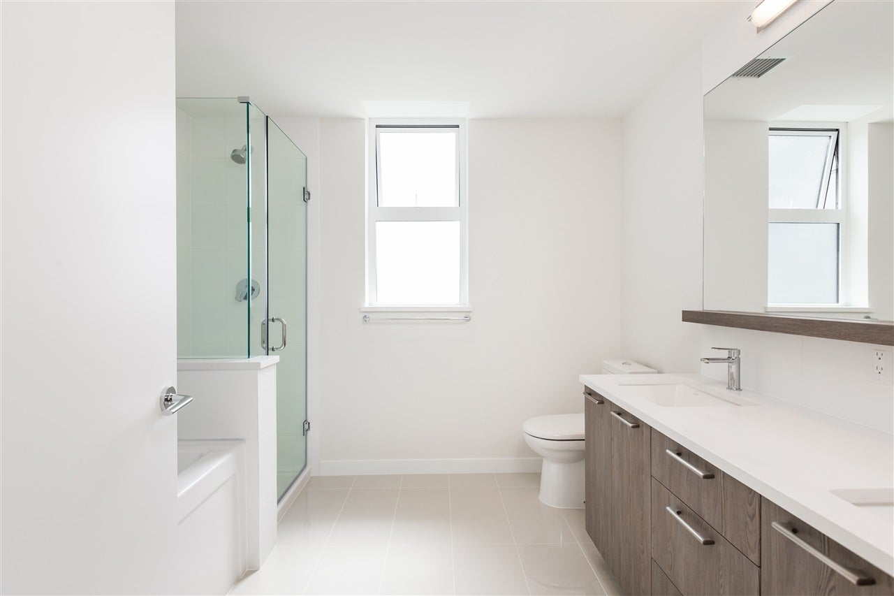 211 625 E 3RD STREET - Lower Lonsdale Apartment/Condo for sale, 2 Bedrooms (R2561591) - #10