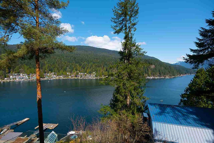 4670 EASTRIDGE ROAD - Deep Cove House/Single Family for sale, 4 Bedrooms (R2561641)