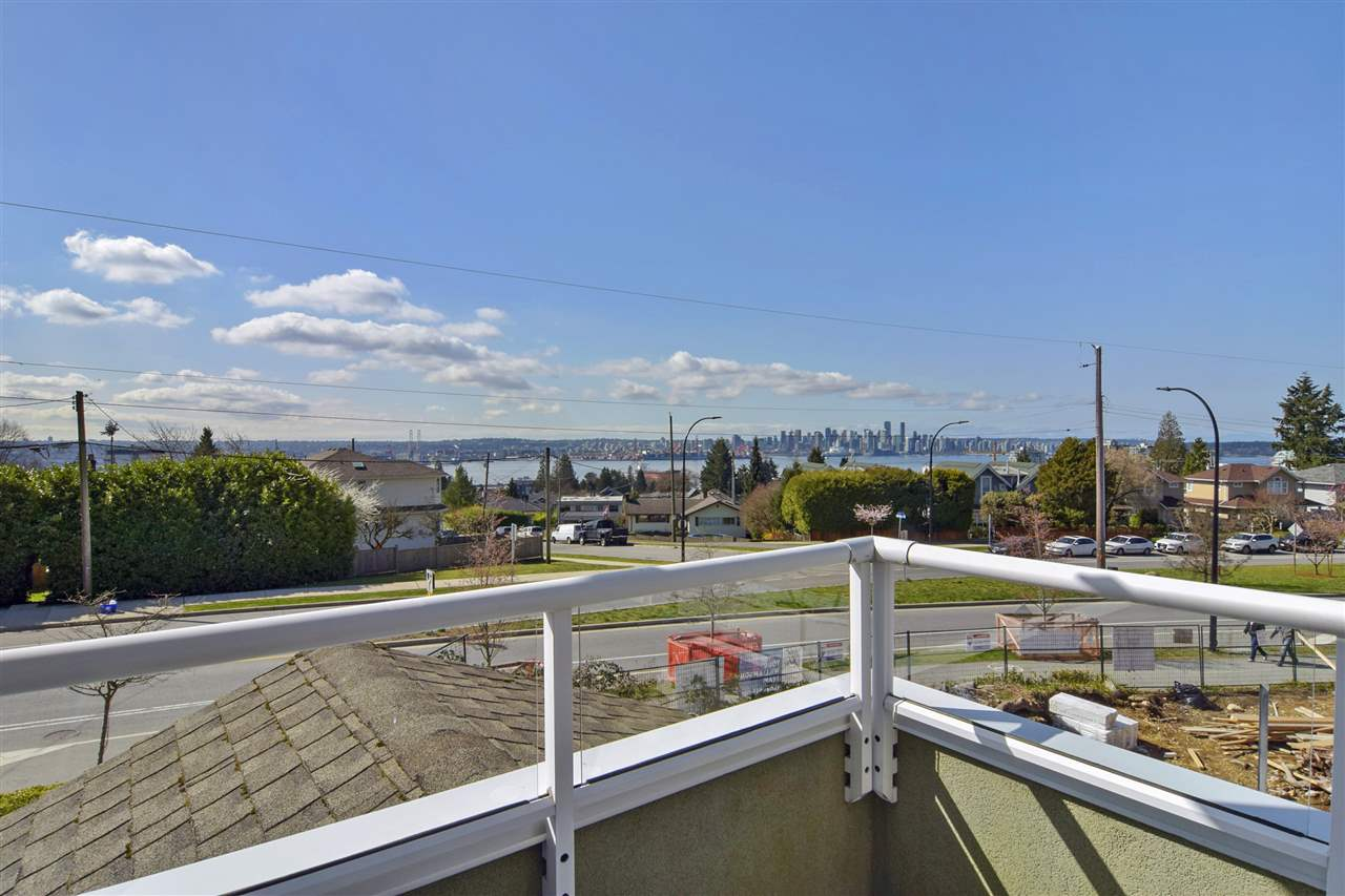 350 E KEITH ROAD - Central Lonsdale 1/2 Duplex for sale, 3 Bedrooms (R2561727) - #29