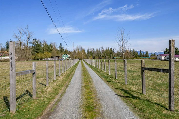 22215 TELEGRAPH TRAIL - Fort Langley House with Acreage for sale, 6 Bedrooms (R2561743)