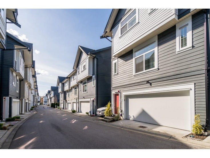 15 7665 209 STREET - Willoughby Heights Townhouse for sale, 3 Bedrooms (R2561969)