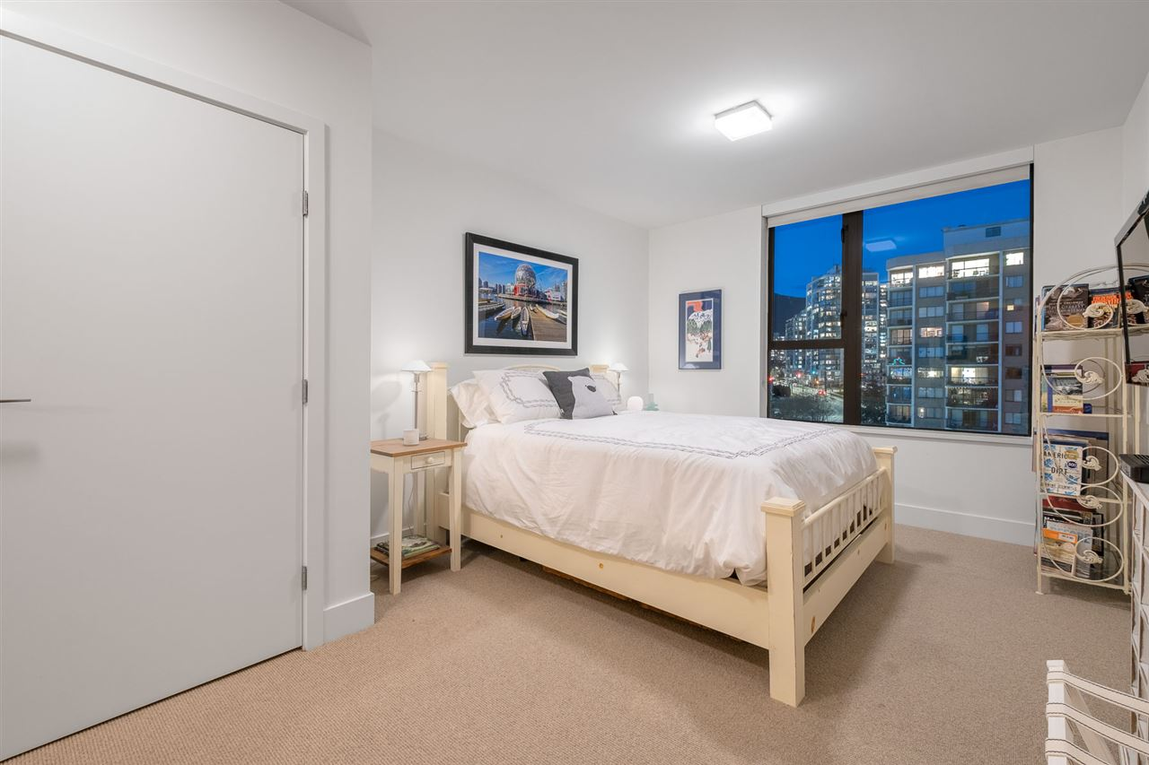 PH1 683 W VICTORIA PARK - Lower Lonsdale Apartment/Condo for sale, 3 Bedrooms (R2562010) - #29