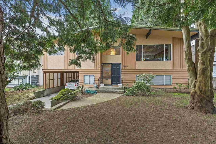 15836 RUSSELL AVENUE - White Rock House/Single Family for sale, 4 Bedrooms (R2562084)