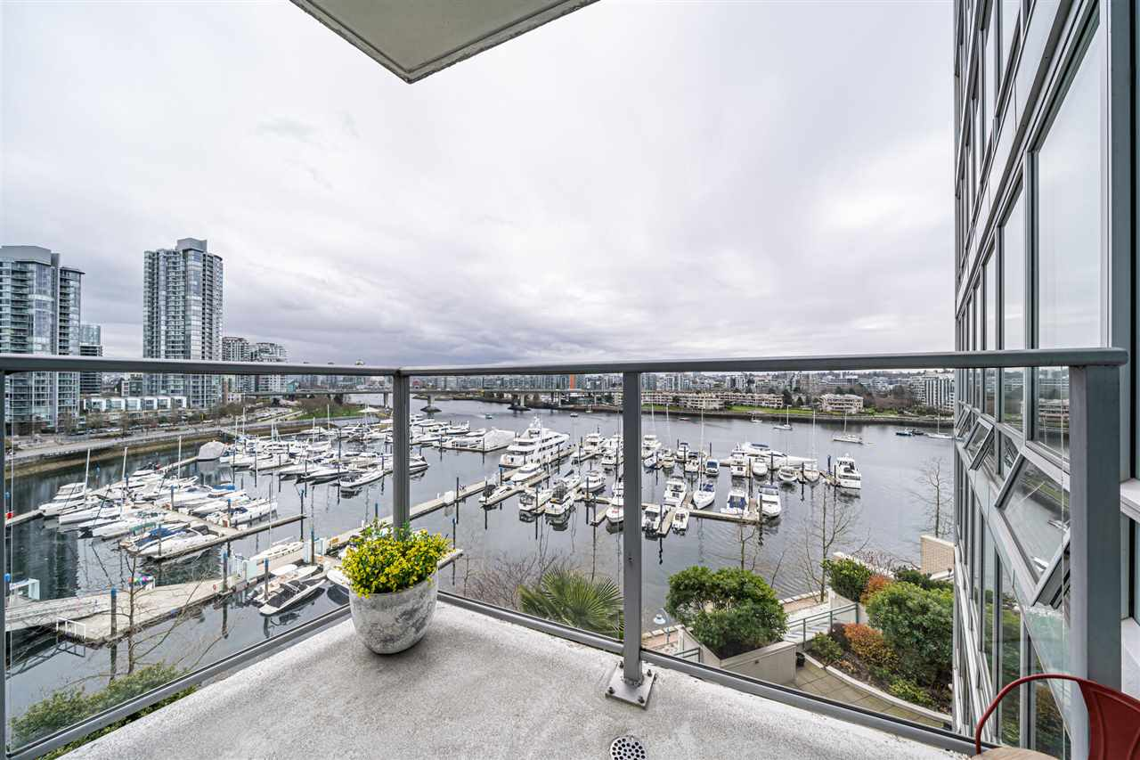 901 1228 MARINASIDE CRESCENT - Yaletown Apartment/Condo for sale, 2 Bedrooms (R2562099) - #1