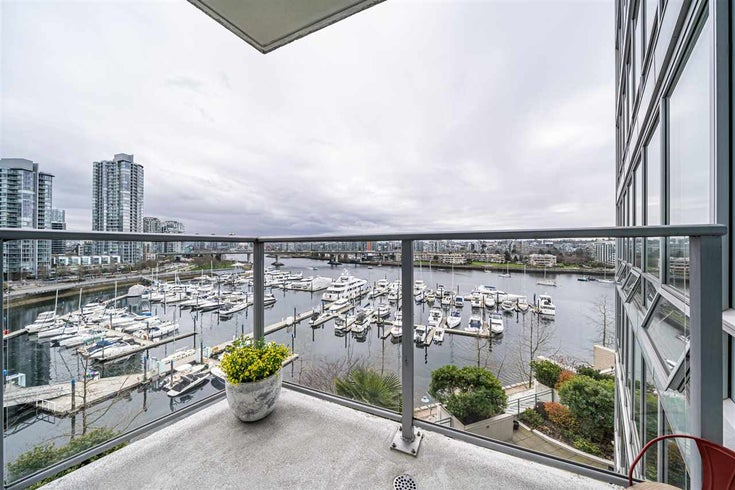 901 1228 MARINASIDE CRESCENT - Yaletown Apartment/Condo for sale, 2 Bedrooms (R2562099)