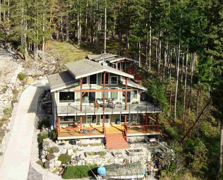 4227 JOHNSTON HEIGHTS DRIVE - Pender Harbour Egmont House/Single Family for sale, 3 Bedrooms (R2562184)