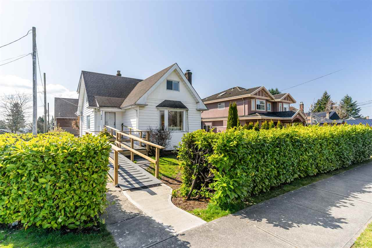 535 E 13TH STREET - Boulevard House/Single Family for sale, 4 Bedrooms (R2562217) - #1