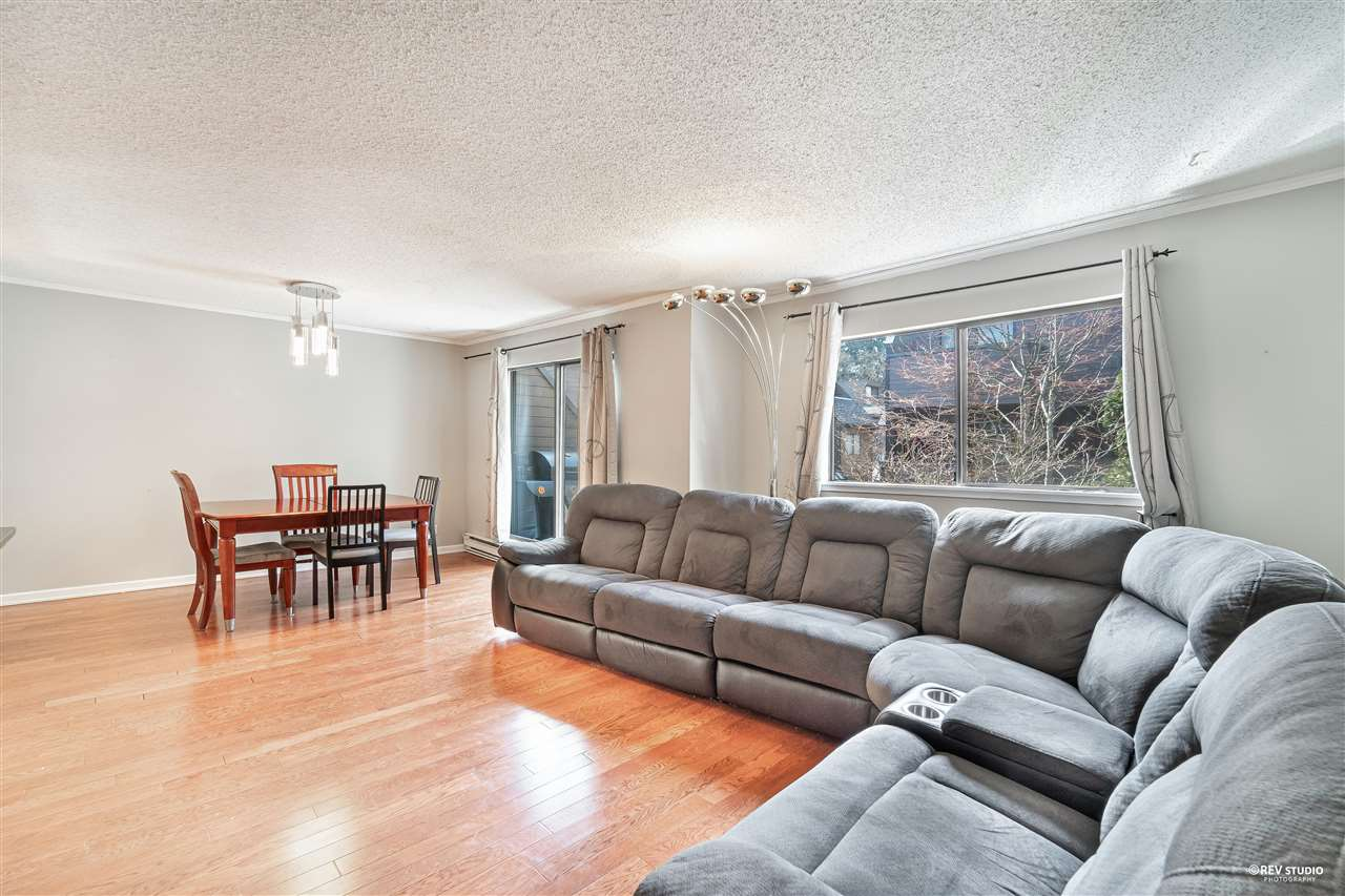 3347 MOUNTAIN HIGHWAY - Lynn Valley Townhouse for sale, 2 Bedrooms (R2562390) - #3