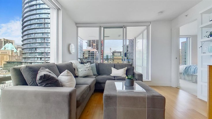 1705 565 SMITHE STREET - Downtown VW Apartment/Condo for sale, 2 Bedrooms (R2562463)