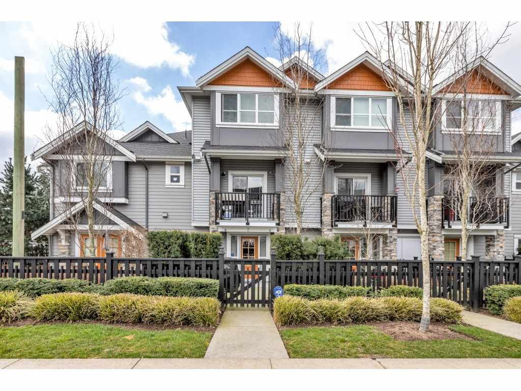 2 20856 76 AVENUE - Willoughby Heights Townhouse for sale, 3 Bedrooms (R2562780)