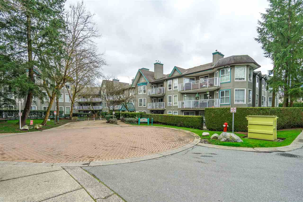 203 15140 108 AVENUE - Guildford Apartment/Condo for sale, 2 Bedrooms (R2562802)