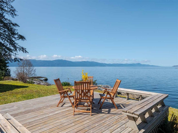 3941 FRANCIS PENINSULA ROAD - Pender Harbour Egmont House/Single Family for sale, 4 Bedrooms (R2562951)