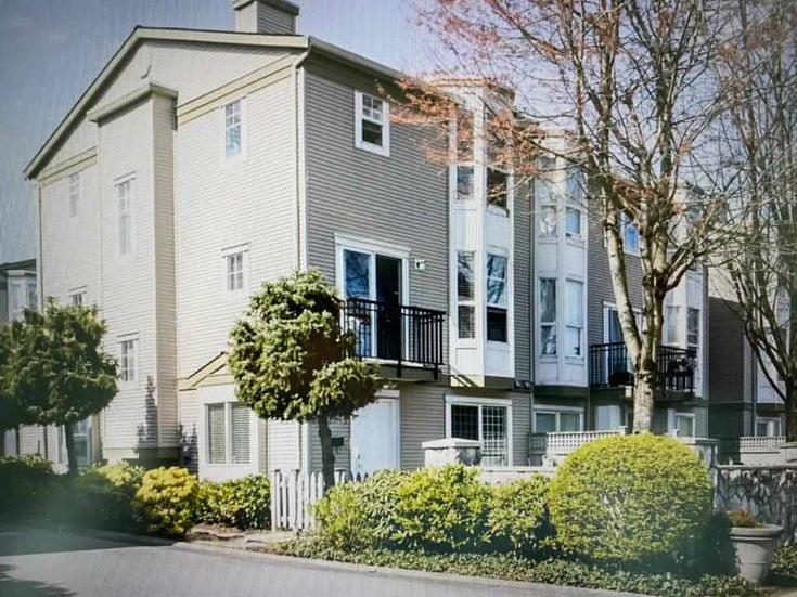 4 9559 130A STREET - Queen Mary Park Surrey Townhouse for sale, 5 Bedrooms (R2562960)