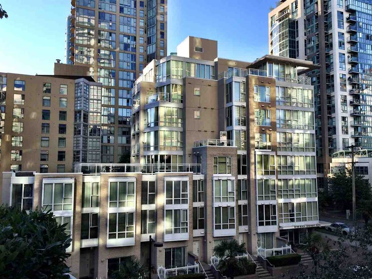 607 910 BEACH AVENUE - Yaletown Apartment/Condo for sale, 1 Bedroom (R2562963)