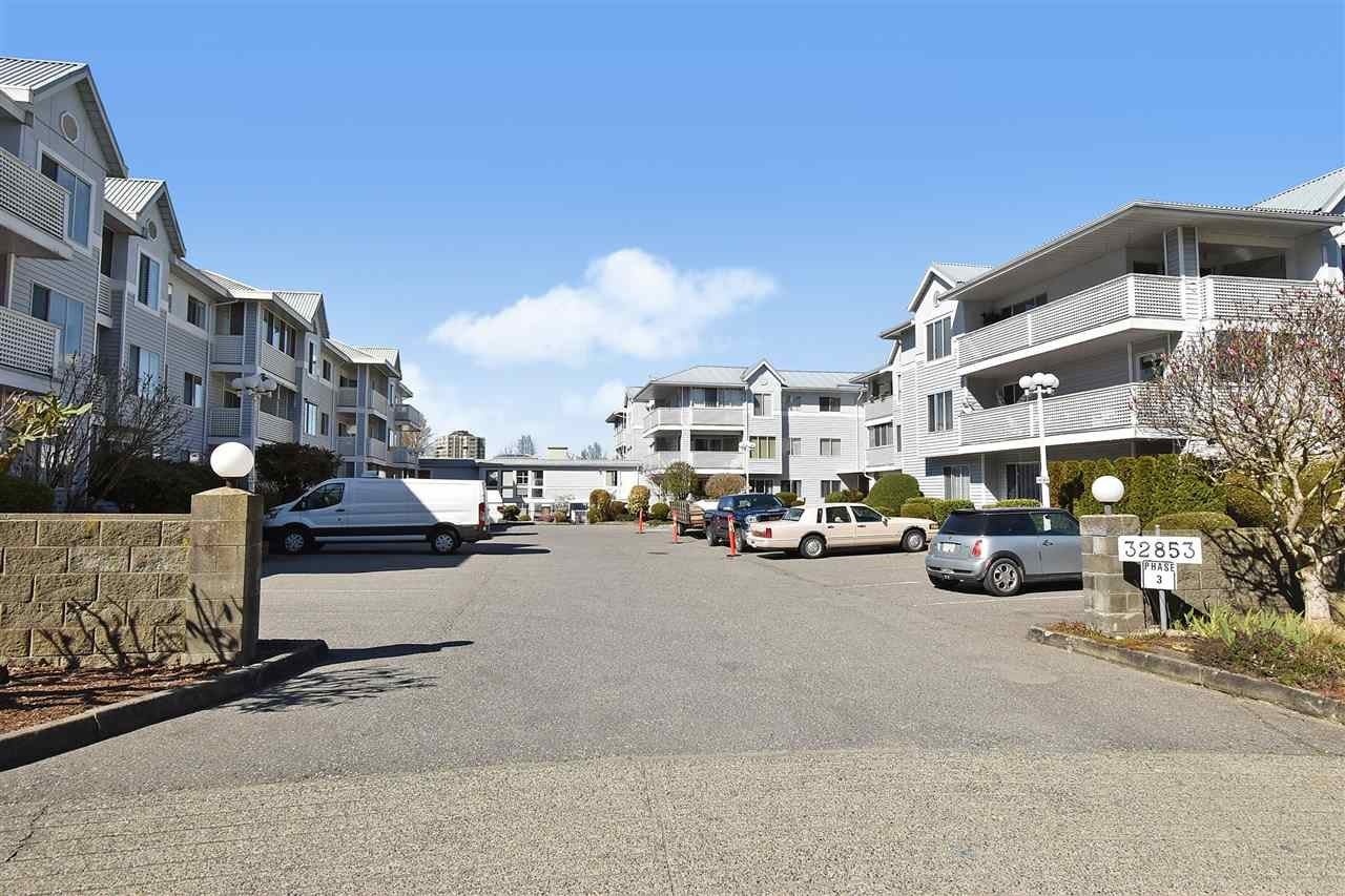 126 32853 LANDEAU PLACE - Central Abbotsford Apartment/Condo for sale, 2 Bedrooms (R2563160) - #1