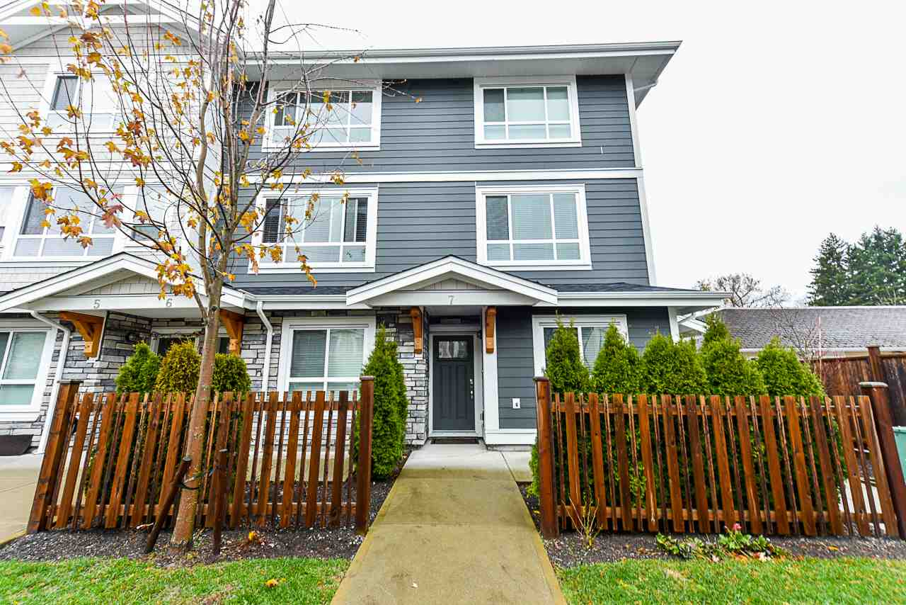 7 19753 55A AVENUE - Langley City Townhouse for sale, 3 Bedrooms (R2563192) - #1