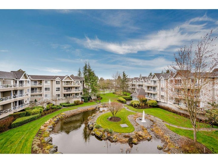 312 5568 201A STREET - Langley City Apartment/Condo for sale, 2 Bedrooms (R2563265)