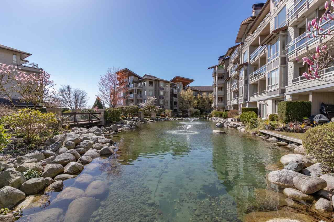 306 580 RAVEN WOODS DRIVE - Roche Point Apartment/Condo for sale, 1 Bedroom (R2563482)