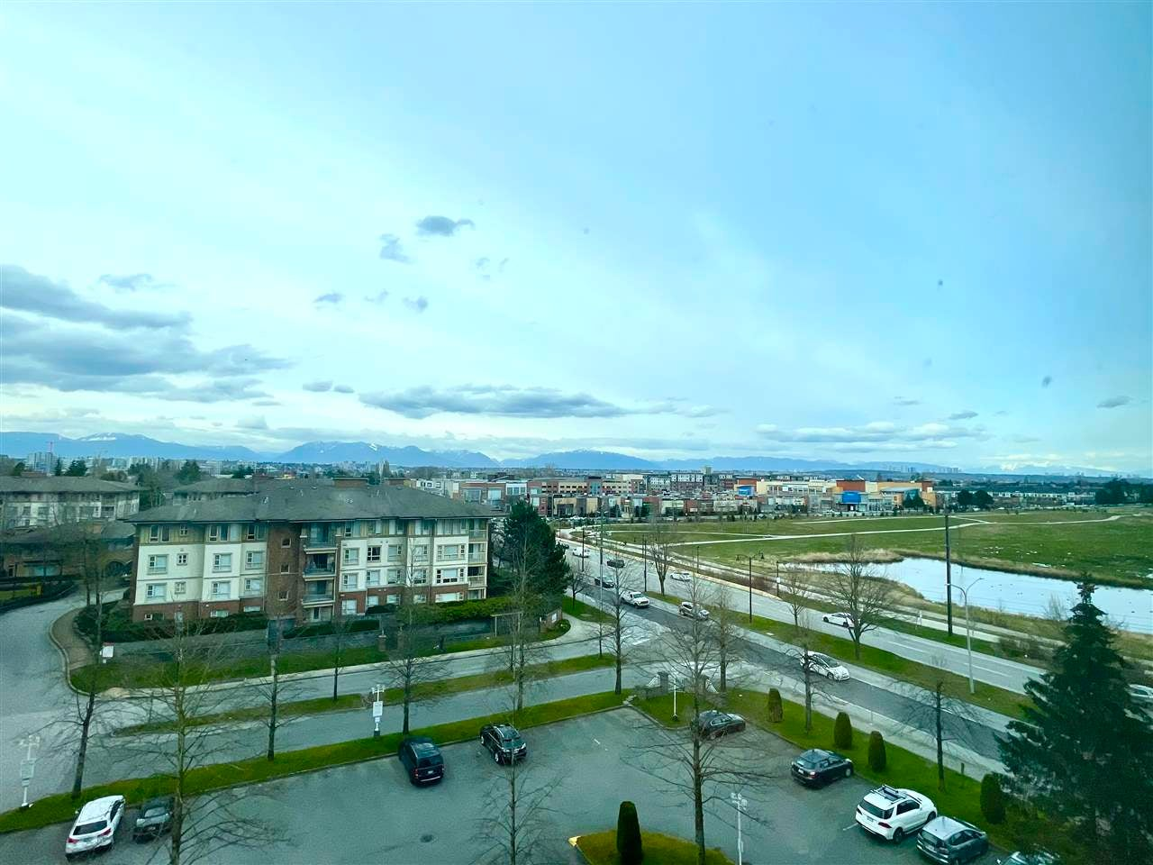 704 8851 LANSDOWNE ROAD - Brighouse Apartment/Condo for sale, 1 Bedroom (R2563588)