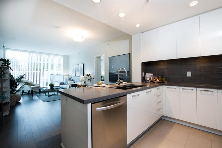 205 4880 BENNETT STREET - Metrotown Apartment/Condo for sale, 2 Bedrooms (R2563729)