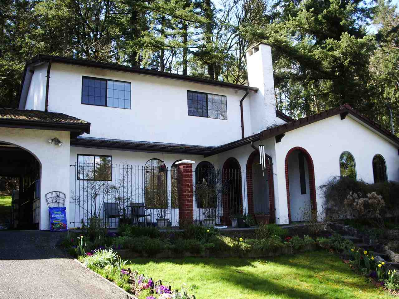 3185 208 STREET - Brookswood Langley House with Acreage for sale, 4 Bedrooms (R2563839)