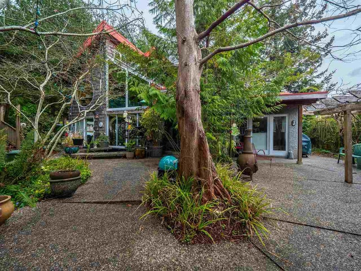5580 TRAIL AVENUE - Sechelt District House/Single Family for sale, 2 Bedrooms (R2563861)
