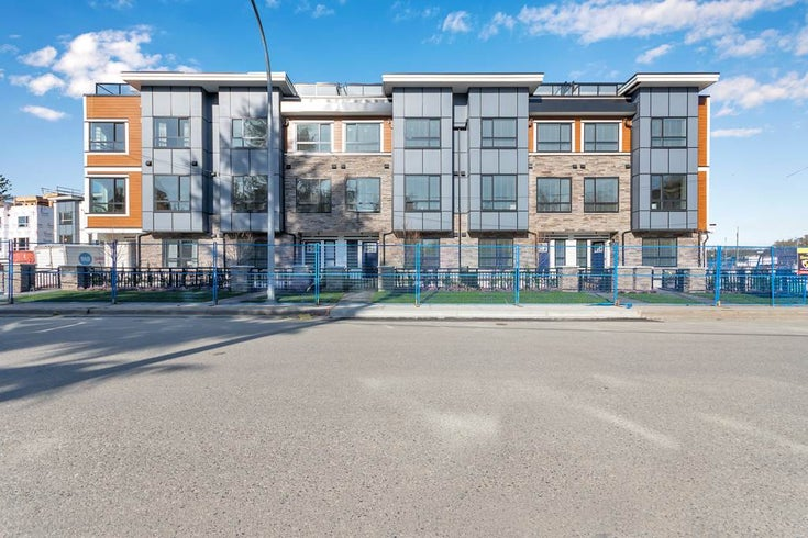 8 5476 BRYDON CRESCENT - Langley City Row House (Non-Strata) for sale, 4 Bedrooms (R2563944)
