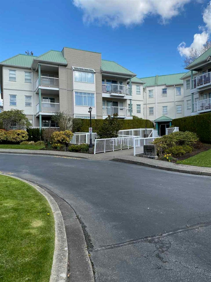 303 9767 140 STREET - Whalley Apartment/Condo for sale, 2 Bedrooms (R2563971)