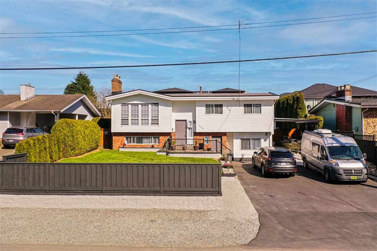 2310 BROADWAY STREET - Abbotsford West House/Single Family for sale, 5 Bedrooms (R2564207)