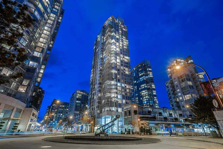 2701 1199 MARINASIDE CRESCENT - Yaletown Apartment/Condo for sale, 3 Bedrooms (R2564661)