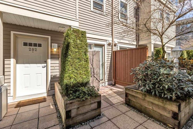 202 2432 WELCHER AVENUE - Central Pt Coquitlam Townhouse for sale, 2 Bedrooms (R2564693)