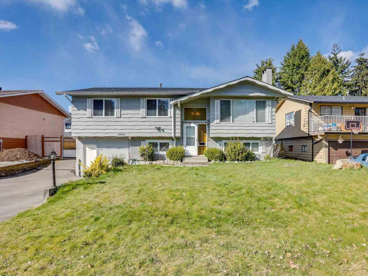 12931 92A AVENUE - Queen Mary Park Surrey House/Single Family for sale, 6 Bedrooms (R2564759)