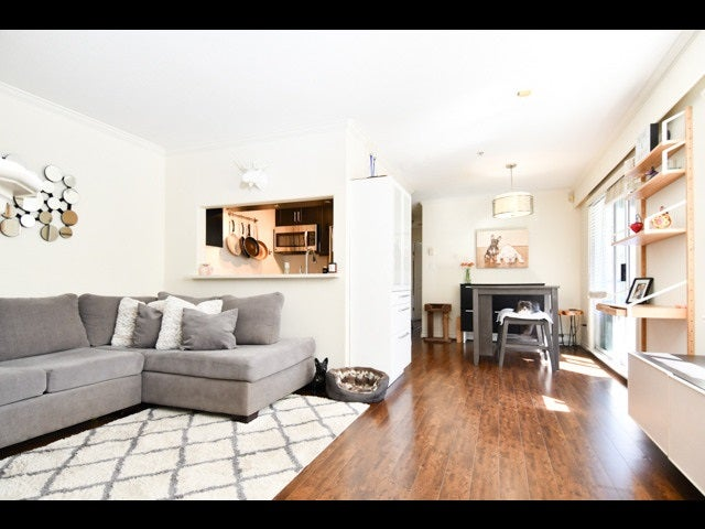 202 29 TEMPLETON DRIVE - Hastings Apartment/Condo for sale, 2 Bedrooms (R2564880)